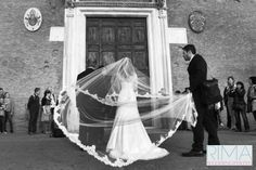For unforgettable #wedding #photos contact me from anywhere in the world www.rimaweddingphoto.com