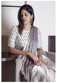 Saree Blouse Neck Designs, Choli Designs, Saree Styles, Blouse Styles, Stylish Sarees, Elegant Saree, Party Wear Sarees, Indian Designer Wear, Handloom Saree
