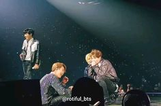 Well we start with tae checking his bf out then kookie imitating jimin with a jealous tae in the back. Bts Taehyung, Bts Bangtan Boy, Bts Jimin, Jikook, Foto Bts, K Pop, Fanart Kpop, Bts Dancing, Bts Funny Videos
