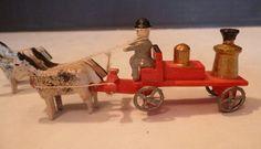 Vtg. German Erzgebirge Putz Village Miniature Wooden Toy Horse Drawn Fire Wagon #Notcertain
