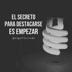 """""""El secreto para destacarse es empezar"""" - Mark Twain ✔ #empatiaclvida #ElPensamientoCorrecto . .  P H O T O: @franrc_"""