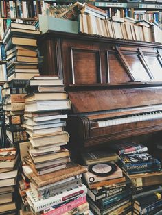 Jeremy has never played the piano sitting down; there was never a place for the piano bench. I Love Books, Books To Read, Gig Poster, Yanko Design, Book Aesthetic, Old Books, Book Nooks, Library Books, Book Photography