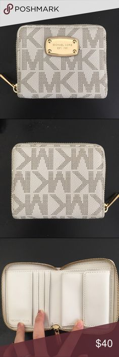 Michael Kors Wallet Brand new without tag Michael Kors Bags Wallets