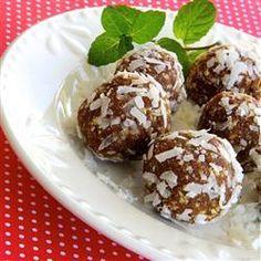 Vegane Kokos-Aprikosenbällchen