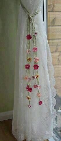 curtain tie Idea