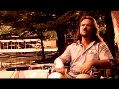 If you don't tear up everytime you watch this - somethings wrong  Travis Tritt - If I Lost You (Video)