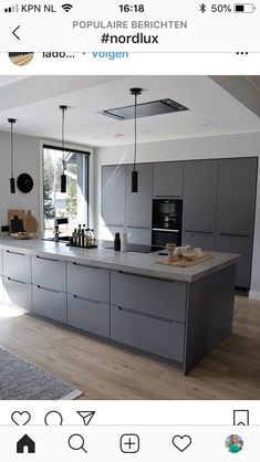 60 gorgeous black kitchen ideas for every decorating style .- gorgeous black kitchen ideas for every decorating style 2 gorgeous black kitchen ideas for every decorating style 2 Open Plan Kitchen Living Room, Kitchen Dining Living, Kitchen Room Design, Modern Kitchen Design, Kitchen Layout, Home Decor Kitchen, Interior Design Kitchen, New Kitchen, Kitchen Islands