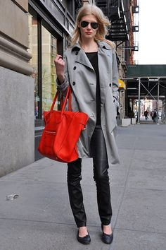 love the gray trench with a bright red bag