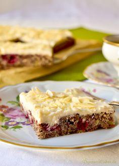Rührkuchen mit Cranberries, Whiskey und weißer Schokolade