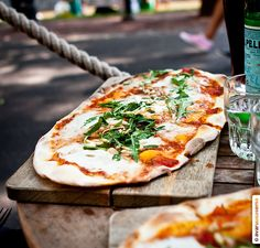 Tintå's delicious pizza is said to be Finland's best! Located in the riverside in Turku, Tintå has brought some authentic Spanish-Italian bodega feeling to our city.