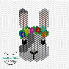 Deux diagrammes pour le prix d'un ! Je vous conseille de faire le nez en rose (merci @teaforyoubijoux ) je vous mets le lapin à couronne de fleurs aussi... #jenfiledesperlesetjassume #miyuki #perles #beadwork #diagrammeperles #beadpattern #perlesaddict #rabbit #bunny #lapin #brickstitch #motifpauline_eline