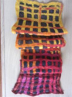 Hippe Springveer: Vilten sjaals met zijde