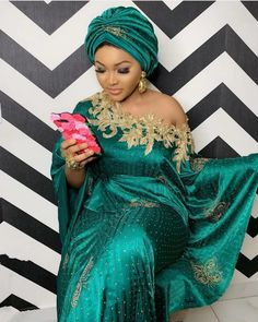 Latest Aso Ebi Styles 100 Different styles of Beautiful and stunning Aso Ebi styles For wedding Best African Dresses, African Lace Styles, Latest African Fashion Dresses, African Print Fashion, African Attire, Ankara Styles, African Style, Lace Gown Styles, Lace Dresses