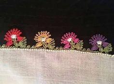 This Pin was discovered by Mih Lace Art, Needle Lace, Lace Making, Eminem, Tatting, Diy And Crafts, Coin Purse, Elsa, Embroidery