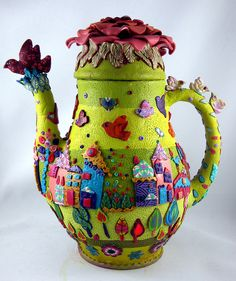 Amazing folk art tea pot - polymer clay sculpture by yehudity Fimo Polymer Clay, Polymer Clay Sculptures, Polymer Clay Creations, Teapots And Cups, My Tea, Clay Crafts, Bunt, Tea Time, Biscuit