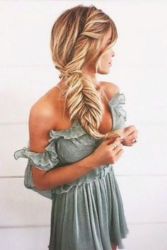 La fishtail sur cheveux blonds