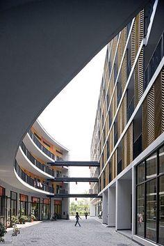Tulou Housing Guangzhou / URBANUS Architects by Iwan Baan