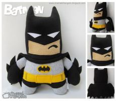 I made a Batman plushie back in my early plush making days, but I wanted to make a new, more polished, version. As a result, here is the new and improved Batman plushie with his same old scowl. Batman Fan Art, Batman 2, Spiderman, Felt Diy, Felt Crafts, Kids Crafts, Sewing Crafts, Sewing Projects, Felt Dolls