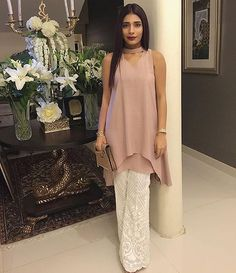 #SamiyaAnsari Looking Effortlessly Chic 😻😻 in #RemaShehrbano For Eid Day 2! #ModernPakistaniElites #EidWithElites