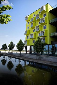 Been there >> Ørestad Plejecenter, Copenhagen. spotted by Facade Architecture, Beautiful Architecture, Contemporary Architecture, Architecture Journal, School Architecture, Modern Contemporary, Interesting Buildings, Amazing Buildings, Habitat Collectif