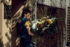 1985, New York, funeral home's delivery boy