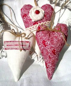 Christmas gift wrapping ideas DIY crafts ToniK ⓦⓡⓐⓟ ⓘⓣ ⓤⓟ #Christmas DIY #crafts add these red & white stuffed hearts to your gifts for a festive rustic look etsy.com
