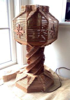 VINTAGE RETRO FOLK ART TRAMP ART POPSICLE STICK LAMP WORKS!