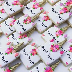 bocadilllos y galletas para mesa de postres fiesta unicornio (6)