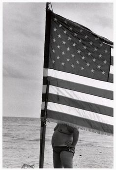 The bombs weren't the only thing bursting...thanks for the July 4th nightmares, Elliott Erwitt.