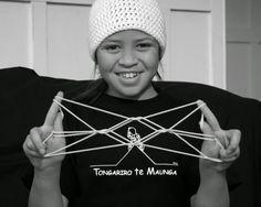 Te Whai Wawewawe a Maui - Maori String Figures July Holidays, School Holidays, Hawaii, Hair Accessories, Veil, School Stuff, Education, Games, Live