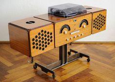 Original 1960s Brionvega RR 126 audio system on eBay