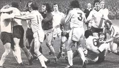 November Players from Leeds and Derby are forced to come between Norman Hunter and Francis Lee at the Baseball Ground. Both players continued fighting as they left the field but only Lee received extra punishment. Leeds United Football, Leeds United Fc, Manchester United, Ipswich Town Fc, Football Fight, Leeds Rhinos, Class Games, Derby County