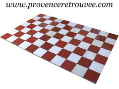 Encaustic cement tiles on pinterest mont ventoux cement - Carrelage damier rouge et blanc ...