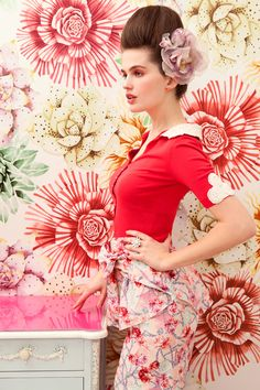 Fashion pictures or video of Parlour Girl by Nicole Corbett for Alannah Hill; in the fashion photography channel 'Photo Shoots'. Floral Fashion, Red Fashion, Fashion Art, Fashion Beauty, High Fashion, Womens Fashion, Classy Outfits, Pretty Outfits, Pretty Clothes