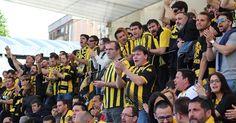 Fútbol | El Barakaldo CF juega sendos partidos amistosos en Lasesarre contra socios y peñistas