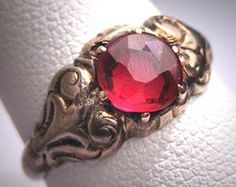 Antique Ruby Ring Vintage Art Deco Gold by AawsombleiJewelry