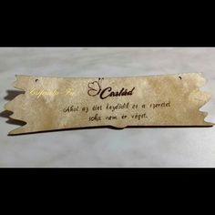 20x5 cm család feliratú tábla.Akár ajándéknak vagy csak úgy magadnak mert megérdemled😊 #tábla #család #ajándék #mertmegérdemled… Money Clip, Wallet, Money Clips, Purses, Diy Wallet, Purse