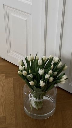 Flower Aesthetic, White Aesthetic, My Flower, Beautiful Flowers, My New Room, Aesthetic Pictures, Decoration, Aesthetic Wallpapers, Planting Flowers