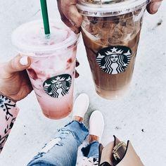 Instagram photo ideas || starbucks || coffee