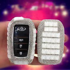Bling Car Key Holder with Rhinestones for TOYOTA - Carsoda - 1