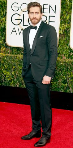 Golden Globes 2015: Red Carpet Arrivals - Jake Gyllenhaal from #InStyle!  I mean really Jake can wear trash and look amazing :)