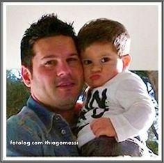 Thiago Messi : Pura gostosura Titi com seu tio Matias.  Bj | thiagomessi