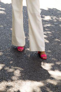 Khaki Pants, Trousers, Cool Stuff, Stylish, Fall, Cute, Clothes, Fashion, Pants