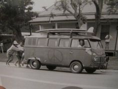 Vintage combi #surf ☮ re-pinned by http://facebook.com/southfloridah2o