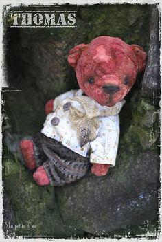Vintage teddy bear by Edemskaya Anna