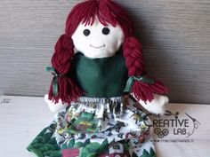 Tutorial pigotta: come fare i vestiti – The creative lab Creative Labs, Doll Patterns, My Girl, Baby Dolls, Diy And Crafts, Sewing Projects, Plush, Christmas Ornaments, Holiday Decor