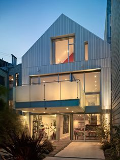 Janus House // Kennerly Architecture & Planning #architecture