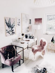 Glam office | chic office | pink, mauve, gold and white office