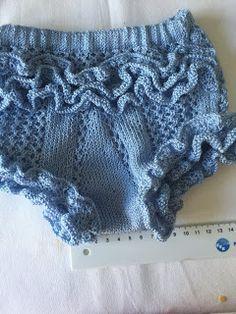 Blog Abuela Encarna: 2020 Baby Knitting, Crochet Baby, Knit Crochet, Boho Shorts, Lace Shorts, Diaper Covers, Baby Pants, Crochet Patterns, Girls Dresses