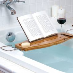 The ultimate accessory for your bathroom. Relax in the bath with your favourite book and your favourite tipple. Made from bamboo, a highly renewable resource, this expandable bathtub caddy has a built-in wine glass holder and fold away book support.